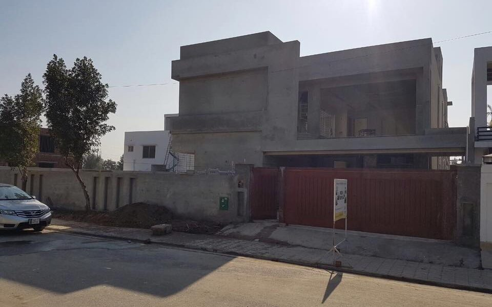 under construction house lahore