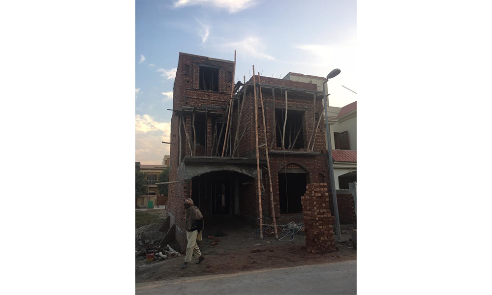 5 marla construction cost in bahria town lahore